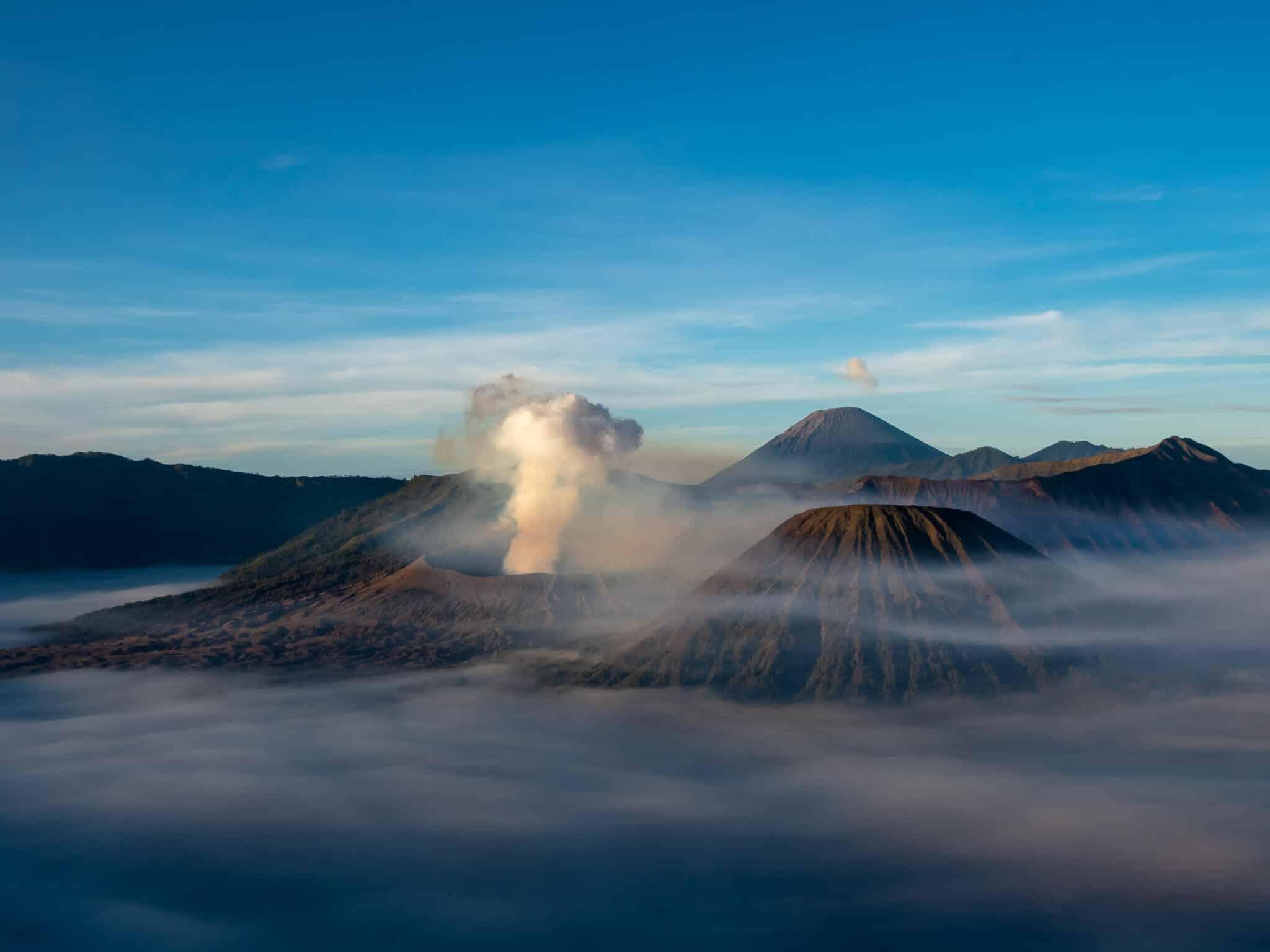 インドネシアブロモ山