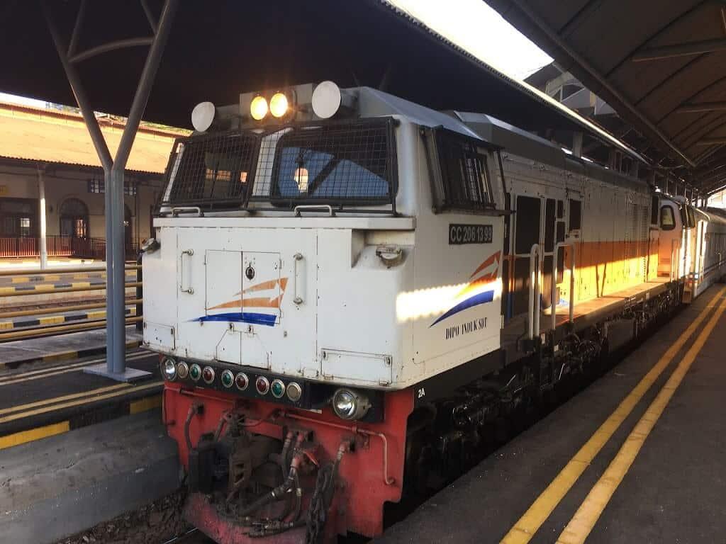 再びジョグジャカルタへ鉄道旅行1