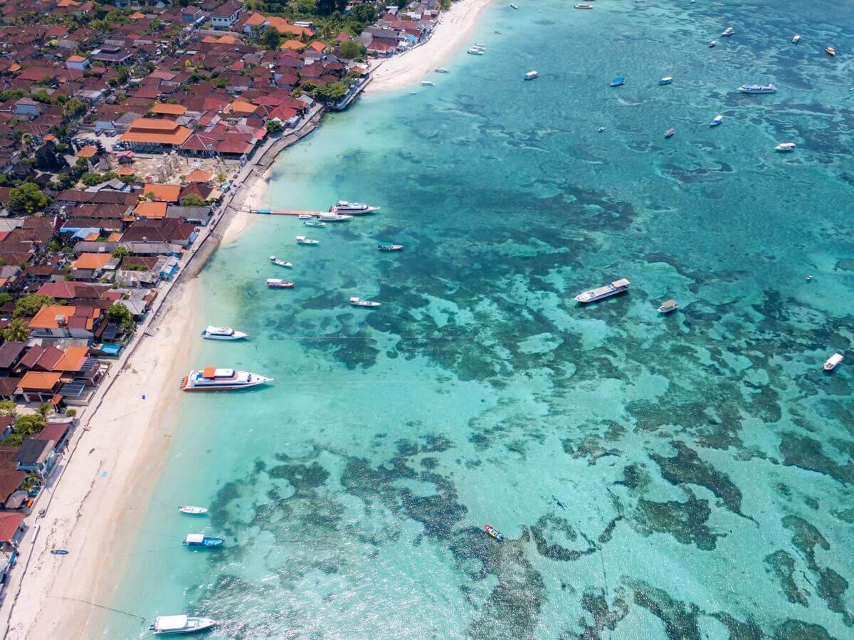 【インドネシア】バリ島から船ですぐ!レンボンガン島は海が綺麗でシュノーケリングが楽しめる!